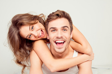 彼氏への可愛い甘え方11選!男性に対する上手な行動と言葉の選び方