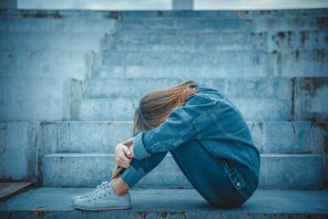 さみしがりやの特徴・心理を調査!寂しがりやの原因と克服法とは?
