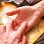 手フェチ女子が男性の手に惹かれる心理とは?