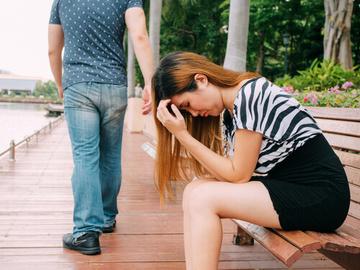彼氏を怒らせた時,別れず仲直りする方法!連絡がないなら要注意!