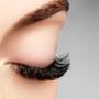 眉毛が長い原因は老化?カットすべき?整え方を解説します