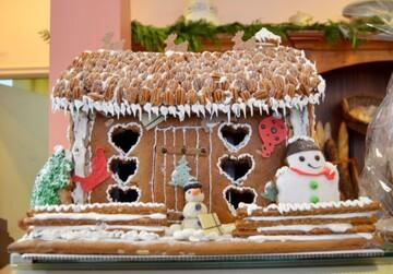 コンビニのクリスマスケーキ2020を比較!【予約方法・種類】