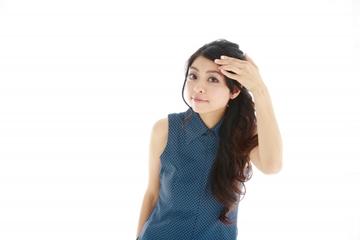 前髪のくせ・うねりを抑える方法・直す方法!原因は湿気なの?