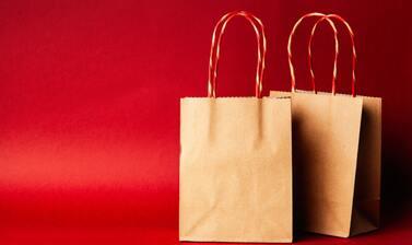 紙袋のリメイクアイデア26選!おしゃれでかわいい節約テク♡