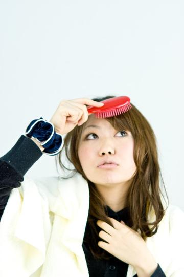 前髪のすき方・切り方解説!セルフカットで理想の髪型にしよう!