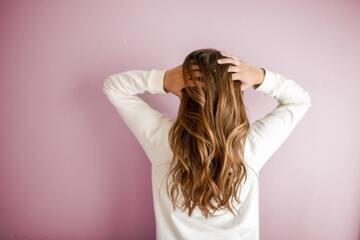 ヘアカラーバイオレットで雰囲気チェンジ!暗め~明るめの髪色一覧!