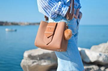 30代女性のバッグ23選!プチプラからハイブランドまで人気一覧!