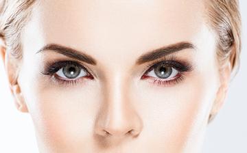 眉の書き方初心者向け徹底解説!美人度がアップする理想の眉毛をみつけよう!