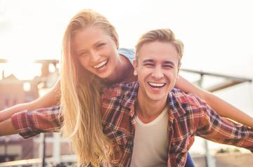友達から彼氏はあり?恋人になる方法から付き合い始めまで一挙紹介!