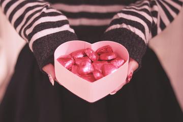バレンタインはお菓子によって意味が変わる!渡す前に一覧で確認!