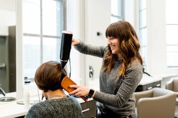 富岡佳子のかわいい髪型ランキングTOP21を画像付きで紹介!