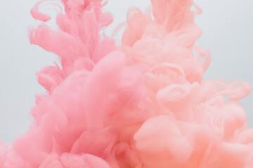 2020年夏のオススメヘアカラーはピンク♡働く女性の派手髪オーダーも増加中!