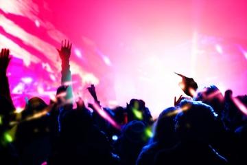 【夢占い】コンサートの夢の意味25選|認められたい気持ちの表れ