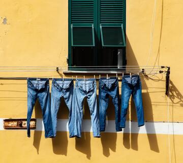【夢占い】洗濯の夢が示す25の意味とは?洗濯物・洗濯機・シーツなど