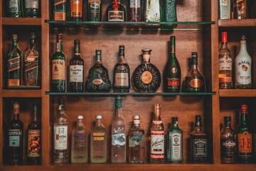かっこいいお酒の名前35選|カクテル・ウィスキーなどジャンル別で紹介◎
