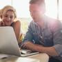職場恋愛はリスクがある?程よい距離感とゆっくりなアプローチが成功のカギ