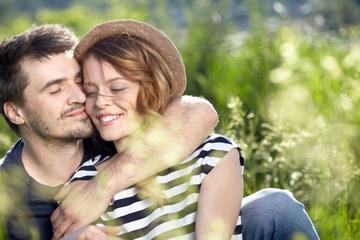 彼氏とのスキンシップの在り方|スキンシップが多い場合少ない場合の対策は?