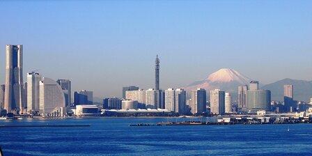 横浜ベイサイドのユニクロパークに注目!米津玄師ファン必見アートも!