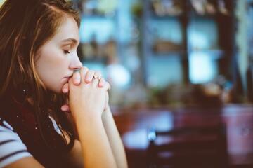 好き避けして後悔している人がやるべきこと8選|嫌われたときの対処法はある?