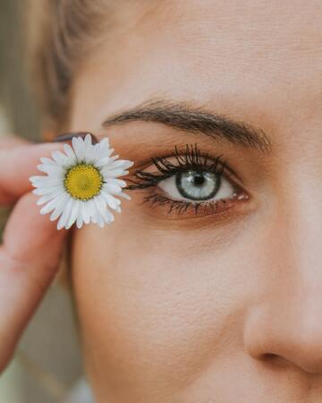 目がキラキラしてる人の魅力や特徴!輝いた人になるための秘訣や瞳のケア方法