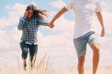 付き合ってないけど彼氏みたいな人との関係ははっきりさせるべき?男性心理や今後の付き合い方