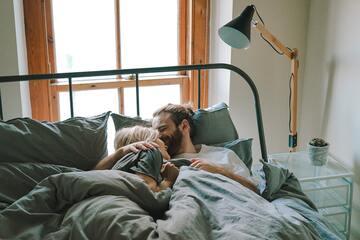 寝起きのキスは嬉しい?気になる口臭対策とおはようのキスをする心理