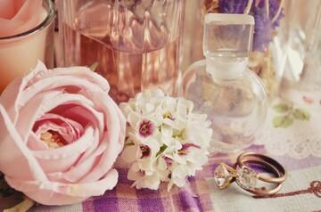 【2021年】花柄の人気ブランド!女性におすすめのかわいい花柄バッグやワンピース24選