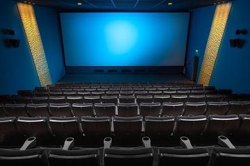 初デートに映画を選ぶのはおすすめ?事前準備や成功のコツを伝授