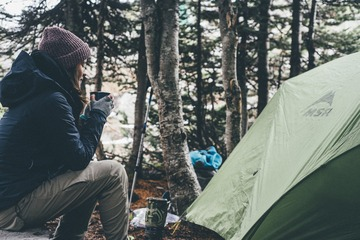 キャンプ女子必見!キャンプやアウトドアで大活躍なお役立ちアイテム4選