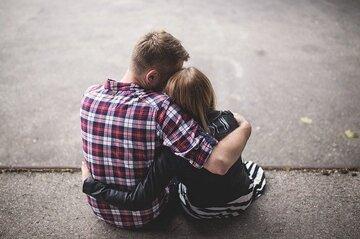 大好きな人と両思いになるには?脈ありサインと相手が既婚者の場合の対処法