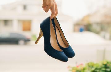 9 月23日は「靴磨きの日」プロが教える靴の汚れ・ニオイのお手入れ法